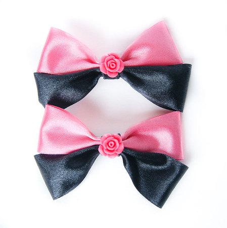 Kokardka czarno różowa z różyczką (1)