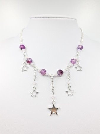 Naszyjnik z gwiazdkami i koralikami (1)